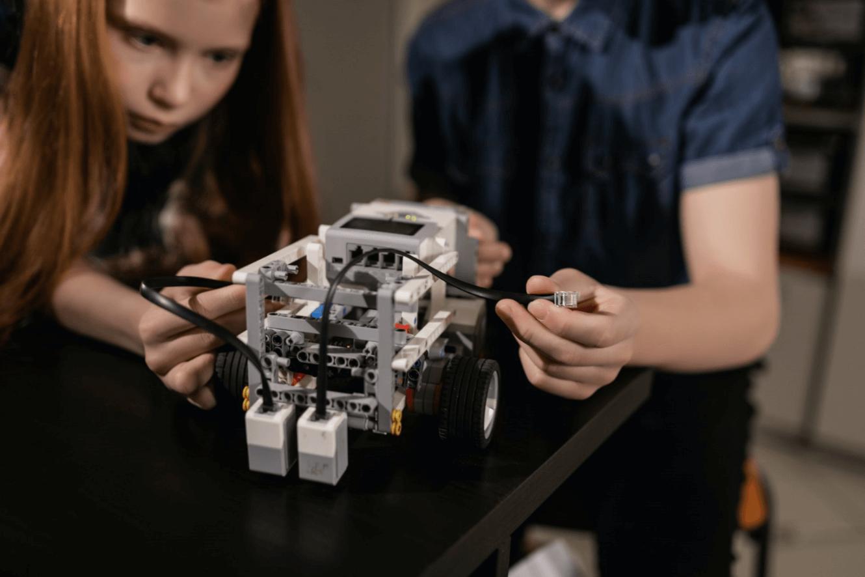 Lego robotik setleri